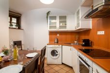 Apartamento en Praha - Fairy Tale Retreat with terrace Vsehrdova CZPR19