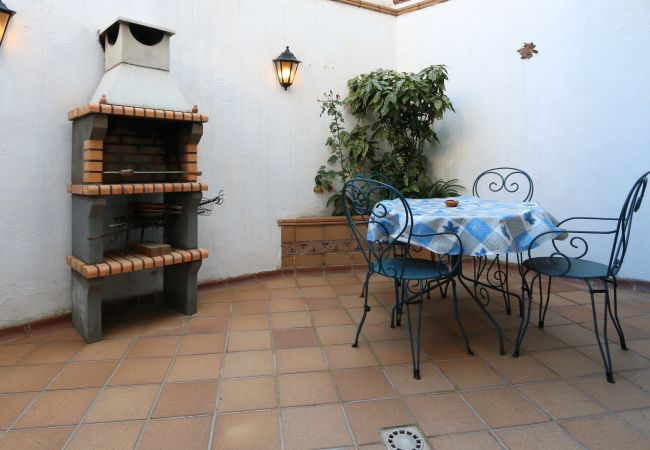 House in Arenys de Munt - SVM007 House for 5 with barbecue fireplace WiFi